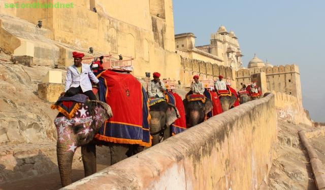 India Golden Triangle Tours ( Delhi , Agar & Jaipur )