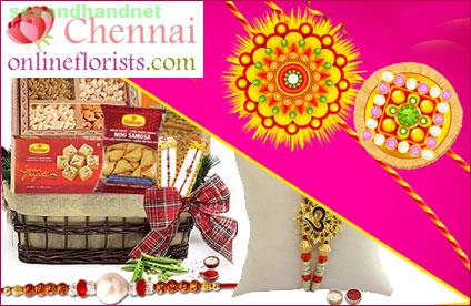 Spread unlimited happiness by presenting gifts interwoven with love to your love