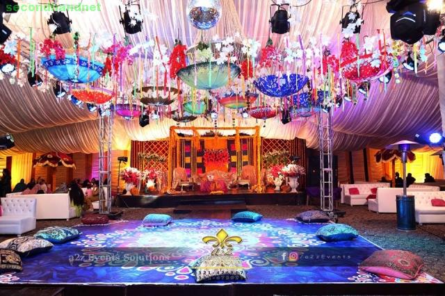 We provide wedding or event decoration services